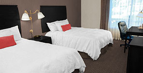 Hotel Deals - Ramada Niagara Falls By The River